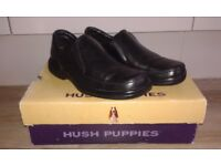 Black Leather Hush Puppies Uk Size 6 Slip on design in Immaculate Condition