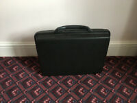 SAMSONITE HARDSHELL BRIEF CASE