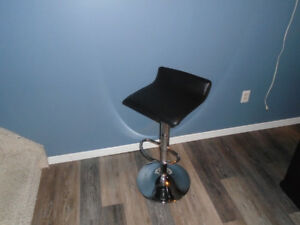 swivel chrome stool
