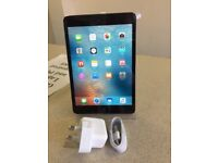 Apple Ipad Mini 16GB space grey with charger