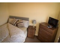 Beautifully Furnished Double Room Available!