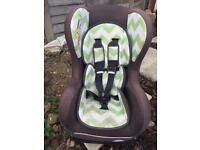 Obaby car seat zig zag lime green