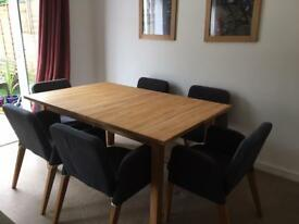 Scandi style solid oak dining table and 6 chairs