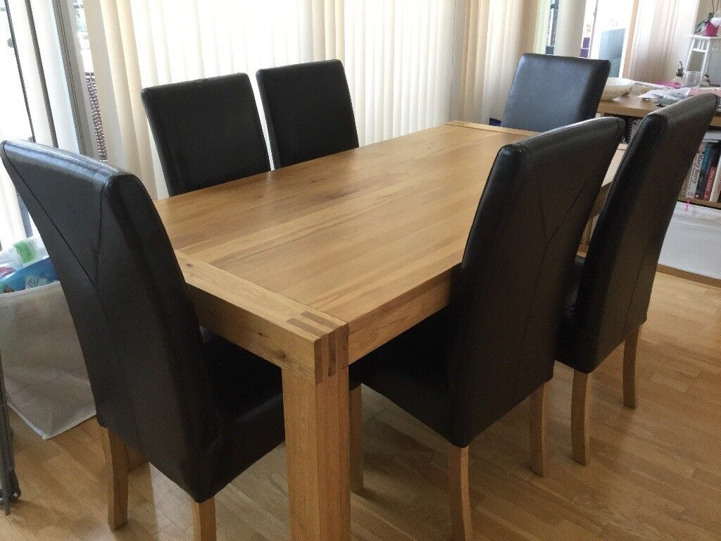 Heavy Oak Dining Table And 6 Faux Leather Chairs