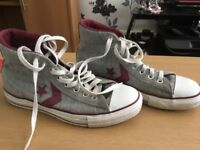 3 pairs of converse size 6 Limited Edition great condition