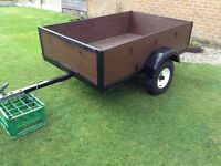 HANDY SIZE CAMPING TRAILER 6 x4 TOWS WELL