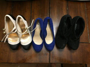SHOES WORN 2-3 TIMES : 5$