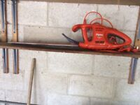 Flymo EasiCut 450 Electric Hedge Trimmer - full working order