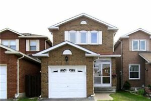 Detached Home in Vibrant Thornhill - 3 Bedrooms - 110 Whitney Pl