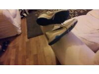 Mens size 10.5 kevin durants white and blue
