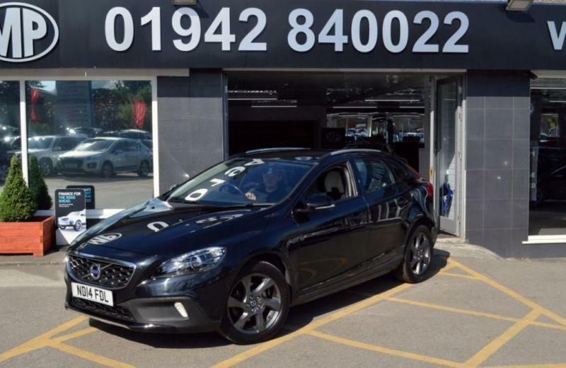 2014 14 VOLVO V40 1.6 D2 CROSS COUNTRY LUX 5D 113 BHP DIESEL 6SP 5DR HATCH