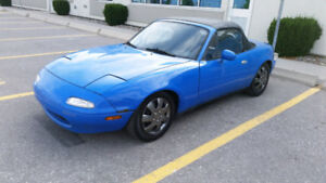 1990 Mazda Miata Convertible, Manual, Lowered Great Project!