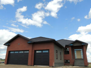 Executive 5 Bedroom Walk-out Bungalow with a Triple Garage