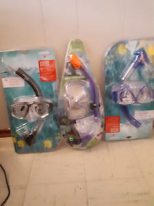2 Speedo snorkeling masks in original packages
