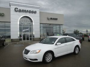 2014 Chrysler 200 LX 2.4L Traction Control, Rear Door Child Pro