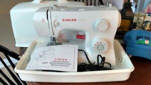 SINGE SEWING MACHINE