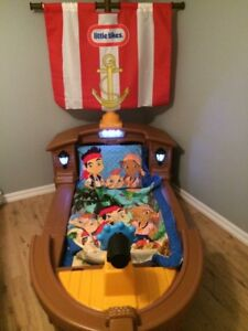 Little Tikes toddler pirate ship bed