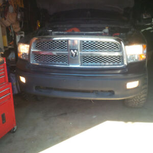 2012 laramie longhorn front bumper with grill