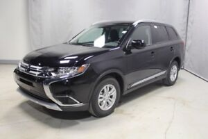 2016 Mitsubishi Outlander AWC SE Accident Free,  Heated Seats,