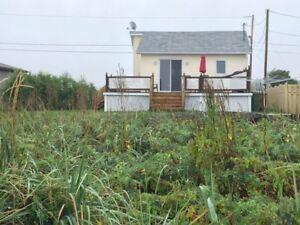Jolie maison/chalet à vendre, bord de mer, Baie des chaleurs