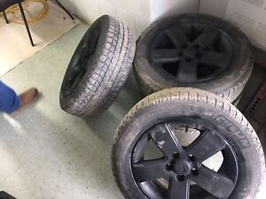 215/60 R16, 4 MICHELIN X ICE winter tires with mags