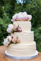 Professional wedding cakes - custom-baked: only $200!
