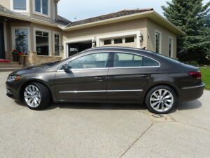 2013 Volkswagen CC Highline Sedan- AWD (Excellent Condition!)