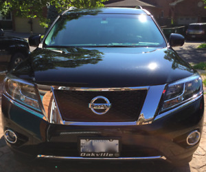2015 Nissan Pathfinder SL Navigation Tech Package SUV, Crossover
