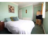 !SUMMER SALE! HUGE Hackney Double Room NOW!