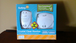 Safety 1st Crystal Clear Audio Monitor, White - Brand new in box
