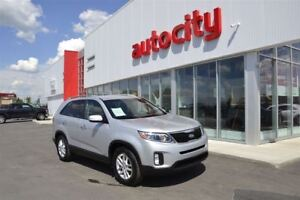 2015 Kia Sorento LX | Power Options | Low KM's |