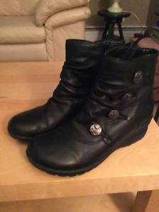 Remonte Women's ankle boot size EU 38. Brand New!