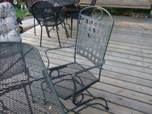WANTED PATIO SET LIKE THIS