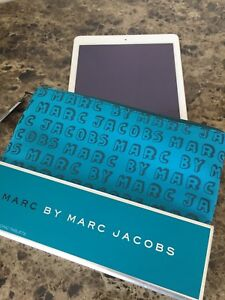 New! Marc Jacobs iPad tablet pouch