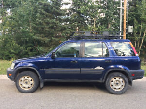 2000 Honda CR-V (AWD) - Manual - Great commuter!