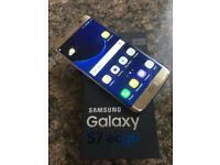 Samsung Galaxy S7 Edge 32GB Unlock To Any Network Mint Condition