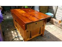 Workbench for metal and woodwork