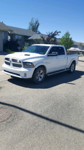 2014 Dodge Ram Sport 1500 Crew Cab Fully Loaded