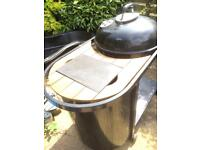 AS NEW BAR B Q BAR BE Q BARBQ WITH EXTRAS *Reduced*