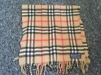 Vintage Burberry scarf 100% authentic