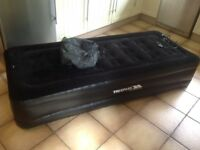 Trespass Premium raised single air bed.