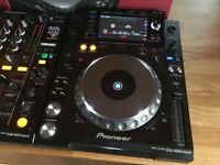 Wanted Pioneer DJ Equipment Decks CDJ 2000 Nexus / DJM 900 Nexus NXS2 DDJ SZ XDJ RX