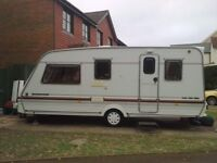 Swift challenger caravan 1995 5 Birth comes with 2 awnings.