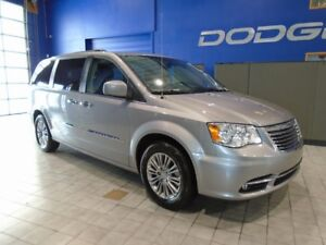 2016 Chrysler Town & Country L W/LEATHER, DVD, SUNROOF