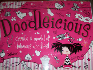 Doodlelicious, drawing pad for Glitter it up, girls art