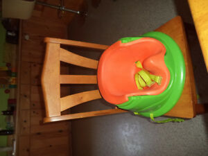 Baby booster seat / high chair