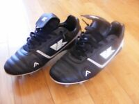 Football shoes - almost new