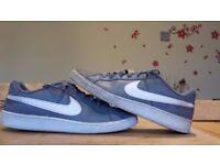 grey Nike trainers-size 8
