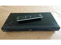 Sony BDP-S350 Blu-ray player 1080p with controller - very good condition