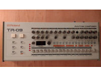 Roland TR-09 Rhythm Composer - Perfect Condition Almost Unused